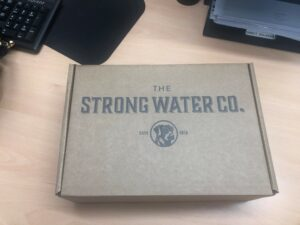 Strong Water Custom Mailer Box With Single Colour Logo